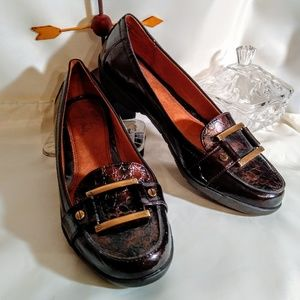 Life Stride Shoes - Life Stride Dark Browñ Patent Leather Loafers